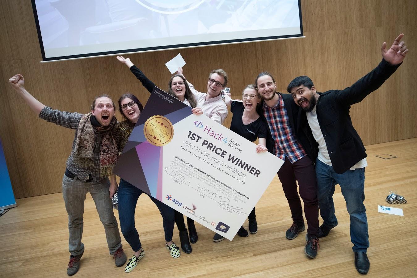 140517, Heerlen: hackathon, www.hack4smartservices.com. Foto: Marcel van Hoorn.